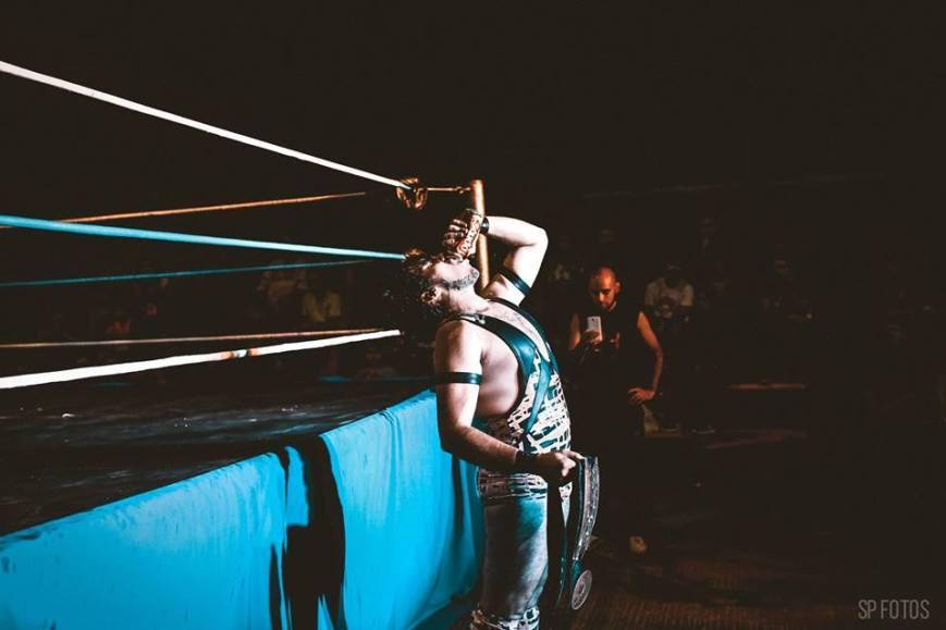 LENKO derrotó a FACTOR en lucha válida por el título absoluto